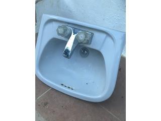 Lava manos con mezcladora muy poco uso, Puerto Rico