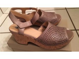 Zapatos Clarks para dama Size 9 1/2, Puerto Rico