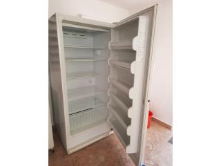 GE 20.3 cu.ft. Freezer Frost Free upright, Puerto Rico