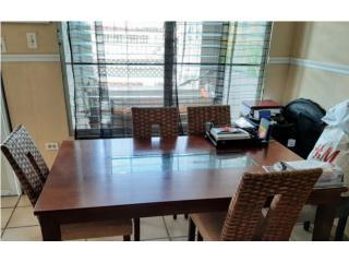 Se vende mesa de comedor 6 sillas, Puerto Rico