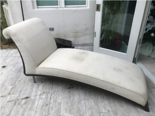 Mueble de sofá silla precioso. Hay que limpiarlo, Puerto Rico