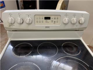 Combo de estufa y microondas/extractor Kenmore, Puerto Rico
