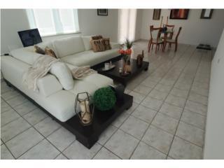 Muebles Blancos y Juego de comedor, Puerto Rico