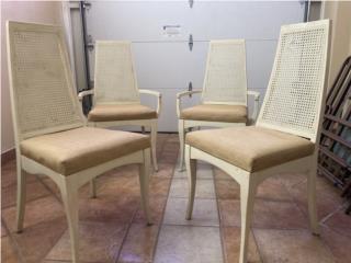 Preciosas sillas antiguas en madera sólida $160, Puerto Rico