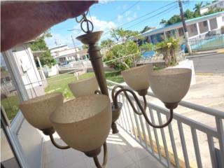 Lampara de techo $50, Puerto Rico