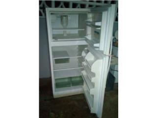 18 P/cb, Usada, con ice maker., Puerto Rico