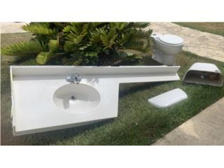 Set de lavamanos e inodoro, Puerto Rico