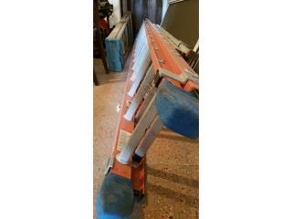 Escalera de FiberGlass 28' - Nunca Usada, Puerto Rico