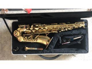 Saxofón $200, Puerto Rico
