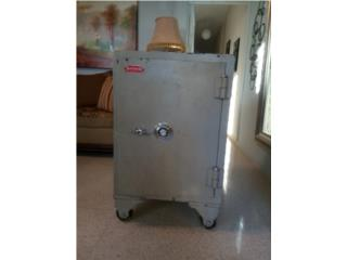 Se vende caja fuerte, Puerto Rico
