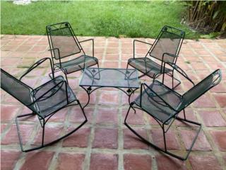 Juego patio de hierro con 4 mesedoras y mesa, Puerto Rico