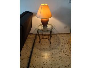 lampara con mesa, excelente solo $45, Puerto Rico