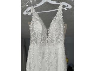 Wedding dress color offwhite, Puerto Rico