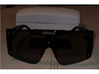 Gafas Versace, Puerto Rico
