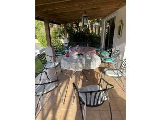 Mesas y sillas de patio, Puerto Rico