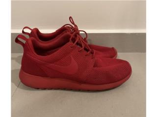 Nike Roshe Triple Red size 8.5, Puerto Rico