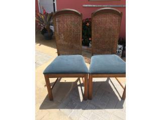 Dos sillas , Puerto Rico