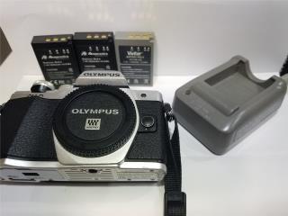 Olympus OMD E-M10 Mark II, cargador, batt., Puerto Rico