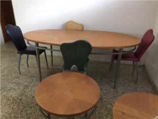 Mesa de comedor, sillas, y mesas pequeñas 2., Puerto Rico