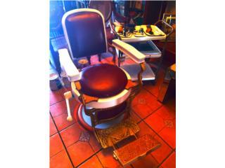 Silla de Barbero y bandeja perfecta condicion, Puerto Rico