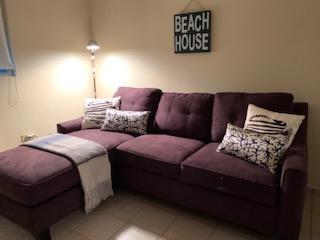 Sofa Cama Cindy Crawford Rooms To Go,Poco Uso, Puerto Rico