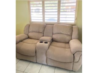 Sofa reclinable love seat, Puerto Rico