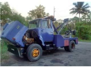 Grúa Ford f700, Ford Puerto Rico
