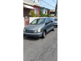 Toyota Sienna 1999, Toyota Puerto Rico