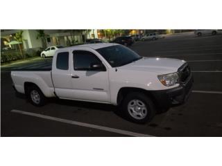 Toyota tacoma 2013 cabina 1/2 $14,000 , Toyota Puerto Rico