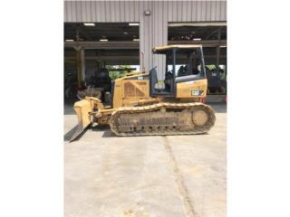 Caterpillar D5K-LGP, Equipo Construccion Puerto Rico