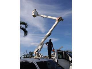 Camion canasto como nuevo, Equipo Construccion Puerto Rico