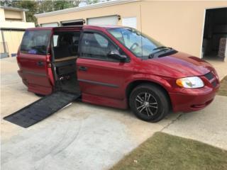 Dodge Caravan SE 2002 con rampa de impedidos, Dodge Puerto Rico