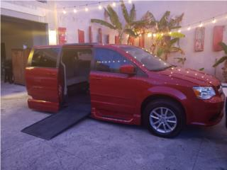 Rampa y función para guiar con las manos., Dodge Puerto Rico