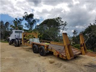 Remolcador Int con Plataforma Gooseneck, Equipo Construccion Puerto Rico