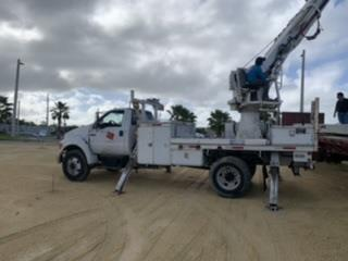 Grúa de puntal 12 ton , Equipo Construccion Puerto Rico