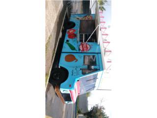 Guaguita equipada de pizza, International Puerto Rico