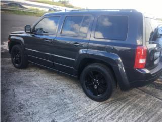 Precio negociable financiamiento disponible , Jeep Puerto Rico