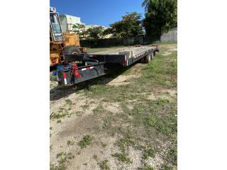 2001 flatbed Towmaster T40 49300 Lbs, Equipo Construccion Puerto Rico