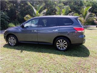 Nissan Pathfinder, Nissan Puerto Rico