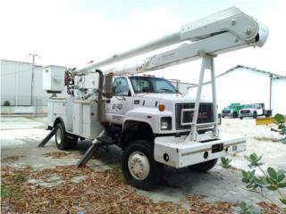 GMC 1999  C 7500 4X4 CON ALTEC AA755L, Equipo Construccion Puerto Rico