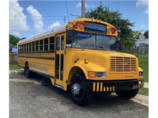 Guagua escolar buenas condiciones!!!, International Puerto Rico