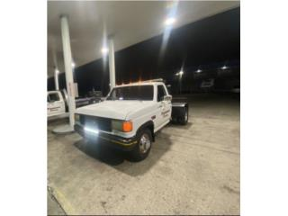 Grúa de pluma gasolina 4 cambios , Ford Puerto Rico