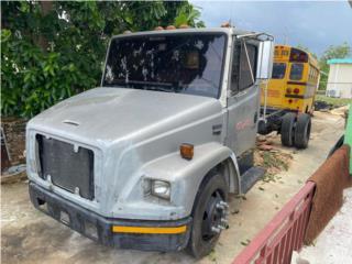 Frigtliner 2000 , FreightLiner Puerto Rico