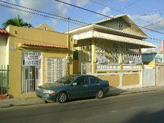 Calle Victoria # 244