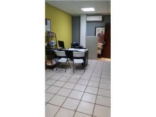 OFICINA COMERCIAL DE 300 P/C, INCLUYE AGUA