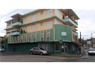 LOCAL COMERCIAL DE ESQ. CON APROX. 2,700 P/C