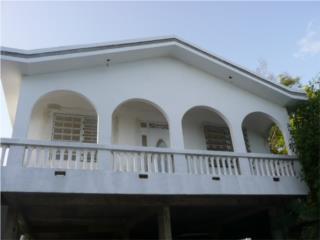 Bonita y comoda casa en El Tuque, Ponce