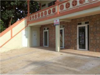 Local de esquina frente a panadería y farmaci