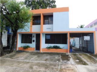 URB ALTOS D LA SIERRA TOWNHOUSE 3H 3B TERRAZA