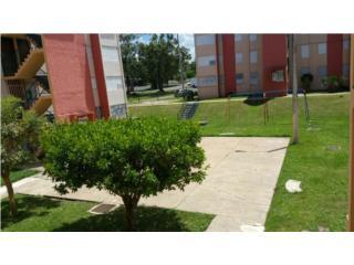 Apartamento Walk-Up, Interamericana Gardens